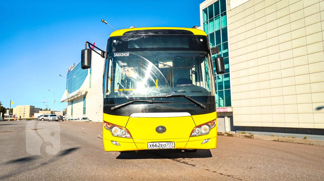 автобус Yutong ZK6852HG передний вид