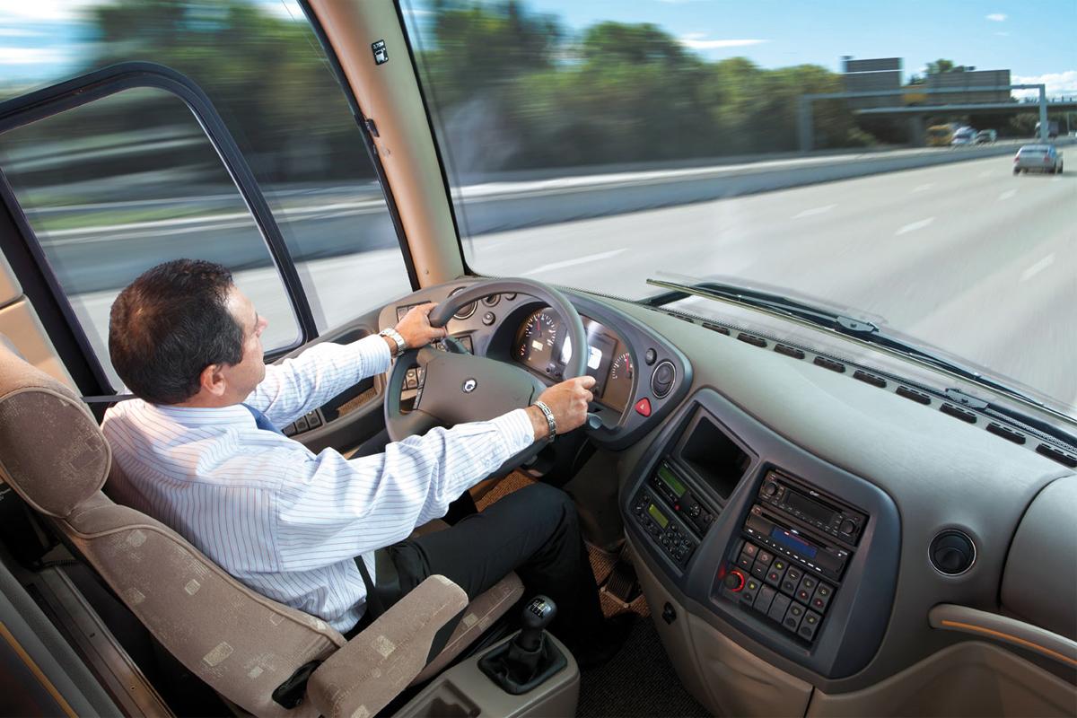 Что государство требует от водителя автобуса